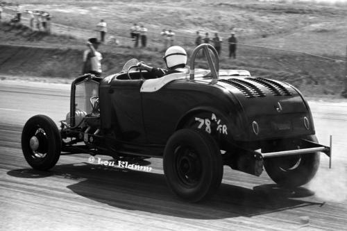 J 15 Vern Holmes Roadster x